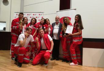 Neváhaja pridaj sa k Mládeži Slovenského Červeného kríža