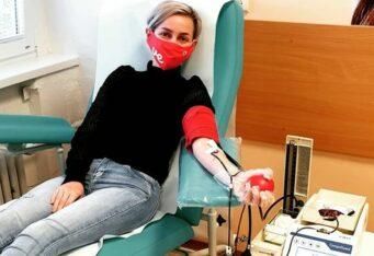 Ľudská krv je živá tekutina, ktorá sa nedá ničím nahradiť